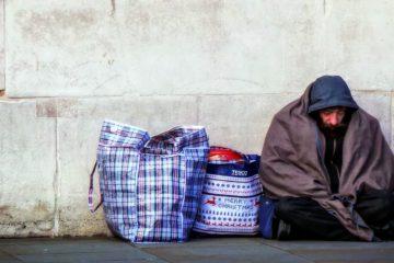 Dakloze man ter illusttratie van dakloosheid in Nederland